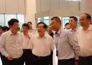 万钢考察长江存储 赵伟国:2020年贡献中国芯片制造自产率8%