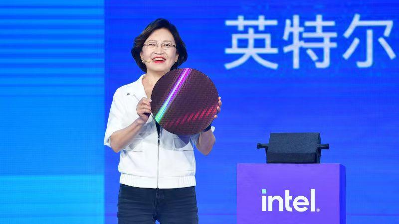 《第11代智能英特尔酷睿高性能移动版处理器和至强W-11000系列处理器正式发布》